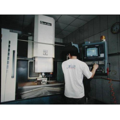 6.CNC高速雕刻機